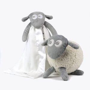 sweetdreamers ewan the dream sheep baby sleep aid baa baa blankie bundle grey 1 300x300 - Deluxe Pakke (grå)