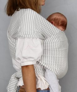 mor og barn med bæresjal